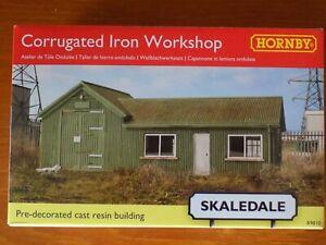 Hornby Skaledale R9810 Corrugated Iron Workshop 00 Scale for Model Railways New