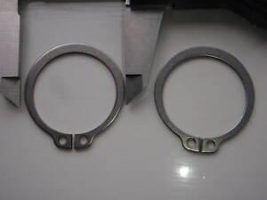 40MM Acciaio Inox Anelli di Sicurezza Esterni Gancetto a C DIN471 Confezione 2