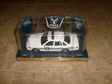 OTTAWA POLICE CAR FORD CROWN-VICTORIA CODE 3 1st CHOICE DIECAST 1:24 PATCH NEW