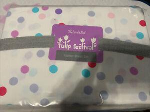 The Land of Nod 100% Cotton Toddler Sheet Set Tulip Festival