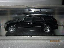 Dodge Magnum SRT-8  Spark 1: 43  MINTB