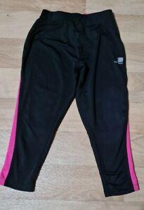 Girls black with pink trim Karrimor Run Running Leggings. Age 11-12 years.