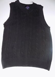 Boy's Size 6-7 Class Club Solid Black Cable Knit Sweater Vest GUC