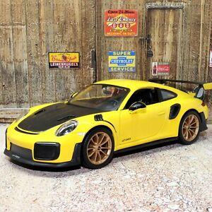 Porsche 911 GT2 RS 1:24 Scale Die-cast Metal Model Toy Car Maisto Special Editio
