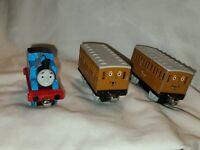 3pcs. Lot Annie & Clarabel Thomas Friends Train Take N Play Along Coach Set GUC