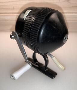 Vintage Zebco 444 Trigger Spin Fishing Reel