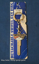 FORD GOLD CREST KEY BLANK AND KEY CHAIN ON HANG TAG 1952-1966 H27 1127 GORGEOUS!