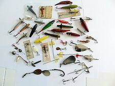 OLD VINTAGE FISHING LURES SELECTION