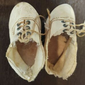 """ANTIQUE OLICOTHE  2 3/4""""  DOLL SHOES  ANTIQUE STAMPED 6"""
