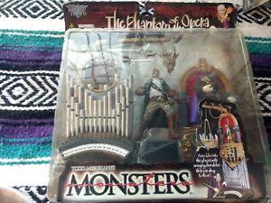 Todd Mcfarlane Monsters: The Phantom of the Opera playset