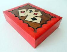 Poker e giochi di carte rossi legno