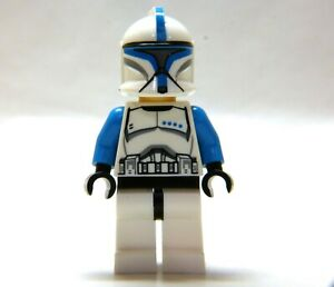 LEGO Star Wars Clone Trooper Lieutenant MINIFIGURE from 5001709, blue figure