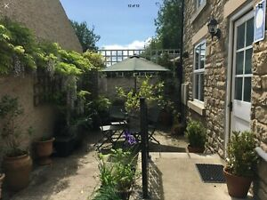 Holiday Cottage 2 bed 🅿️ WiFi Sun 25th OCT 4 nights Dog Friendly Pretty Village