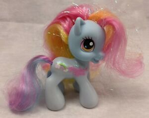 "My Little Pony Hasbro G3.5 Rainbow Dash w/ Glitter Name Symbol 4"" Brushable"