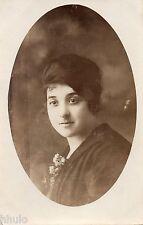 BM113 Carte Photo vintage card RPPC Femme mode fashion portrait cadre ovale