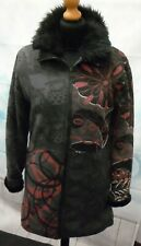 Smash Coat Black/Grey/Plum/White Abstract Design With Faux Fur Lining Size M G1