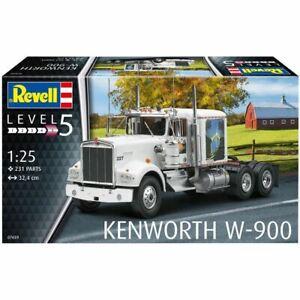 1:25 Kenworth W900 Truck -- PLASTIC KIT -- Revell