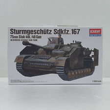 Academy Military 1/35 German Assault Gun Tank 75mm Stuk Plastic Model Kit 13235