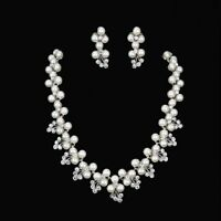 Elegant Women Crystal Pearl Pendant Necklace Earrings Bride Wedding Jewelry Set