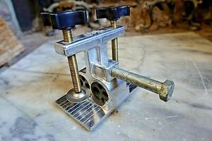 DOWEL CRAFTER DOWLNG JIG by The Dowel Craft Co. Carpenter Cabinetmaker Tools