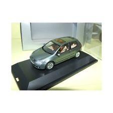 VW GOLF V 3 Vert Gris Grün SCHUCO 1:43