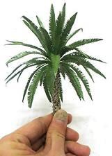 1/35 DESERT SHORT PALM TREE MODEL. NO. TPD-027