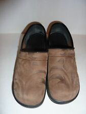 SANITA CLOGS IN BROWN EMBOSSED LEATHER DESIGN SIZE 37  size US 6.5