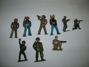 """SOLDIERS , 6 METAL ,THE TALLEST IS  2 1/2 """" H , LOT # 21495"""