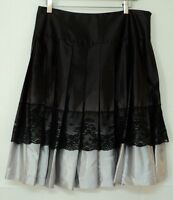 size 8 Worthington SKIRT pleated satin black gray lace