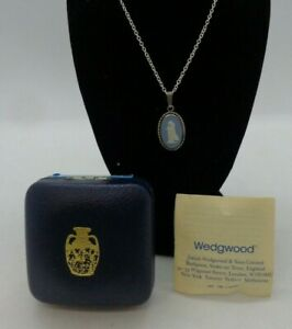Wedgwood Sterling Silver 925 Jasperware Blue Pendant & Chain Necklace Boxed #138