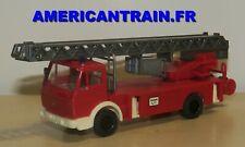Camion MB grande échelle Pompier / Feuerwehr 112 HO 1/87 Wiking