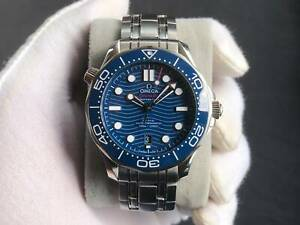 Omega Seamaster Diver 300m James Bond Watch Full Set with Warranty till 2025