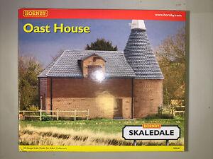Hornby Skaledale OO Gauge Oast House R8568 New In Box