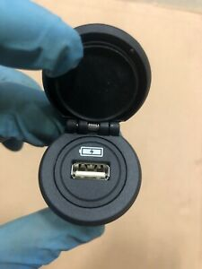 LAND ROVER 2018 DISCOVERY 5 L462 CONNECTION SWITCH SOCKET USB FK72-19010-AB