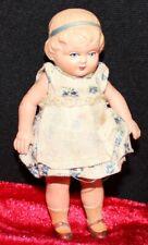 N° 10 sehr alte und schöne kleine Minerva Puppe, Mädchen 9 cm, 1910 - 1920