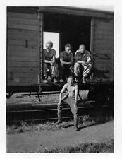 Orig. Foto deutsche Soldaten am Wagon Zug Agram Zagreb - Belgrad Balkanfeldzug