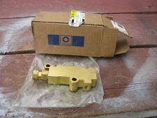 NOS 1979-81 Pontiac Trans Am 4W disc brake proportioning valve, in the GM box