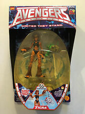 Marvel The Avengers Tigra figure Fox Kids Animated Series Cat Clawing NEW 1999