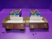 HO scale ATHEARN ASSORTED BOX CAR  ILLINOIS RR CANADIAN NATIONAL  LIGHT REPAIRS
