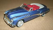 1/32 Scale 1949 Buick Roadmaster Diecast Convertible Signature Models 32317 Blue