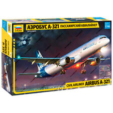 "ZVEZDA 7017 Model Kit ""Civil Airlines AIRBUS A-321"""