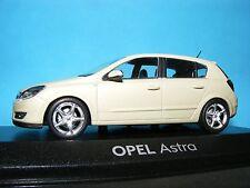 OPEL Astra In Bianco Perla Metallico 5 DR vetro SUN Roof 1:43 scala Minichamp