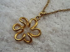 Golstone Abstract Daisy Pendant Necklace (A4)