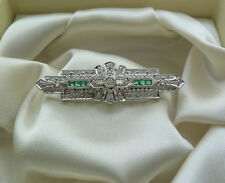 14K WHITE GOLD EMERALD AND DIAMOND PIN/BROOCH