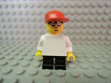 Lego Figur World City Junge Timmy wc027  rote Kappe kurze Beine 4032