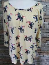 WOMEN'S M&S YELLOW PARROT TUNIC  TOP SIZE 18