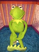 """VGUC-18"""" Disney Store Kermit the Frog Constantine Muppets Most Wanted"""