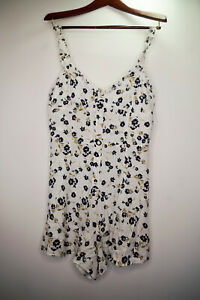 Dress Urban Outfitters Girls Ladies Womens Size Large L - V Pretty & Soft Fabric