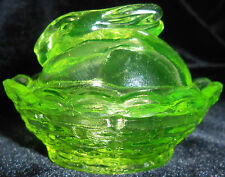Vaseline glass bunny rabbit salt cellar celt uranium on nest basket uranium glow