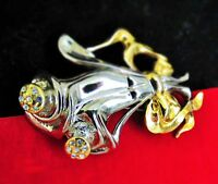 Flower Bouquet gold and silver tone clear rhinestones great condition BROOCH